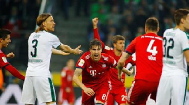 بايرن ميونخ يمزق شباك بوروسيا مونشنجلادباخ بخماسية في الدوري الالماني