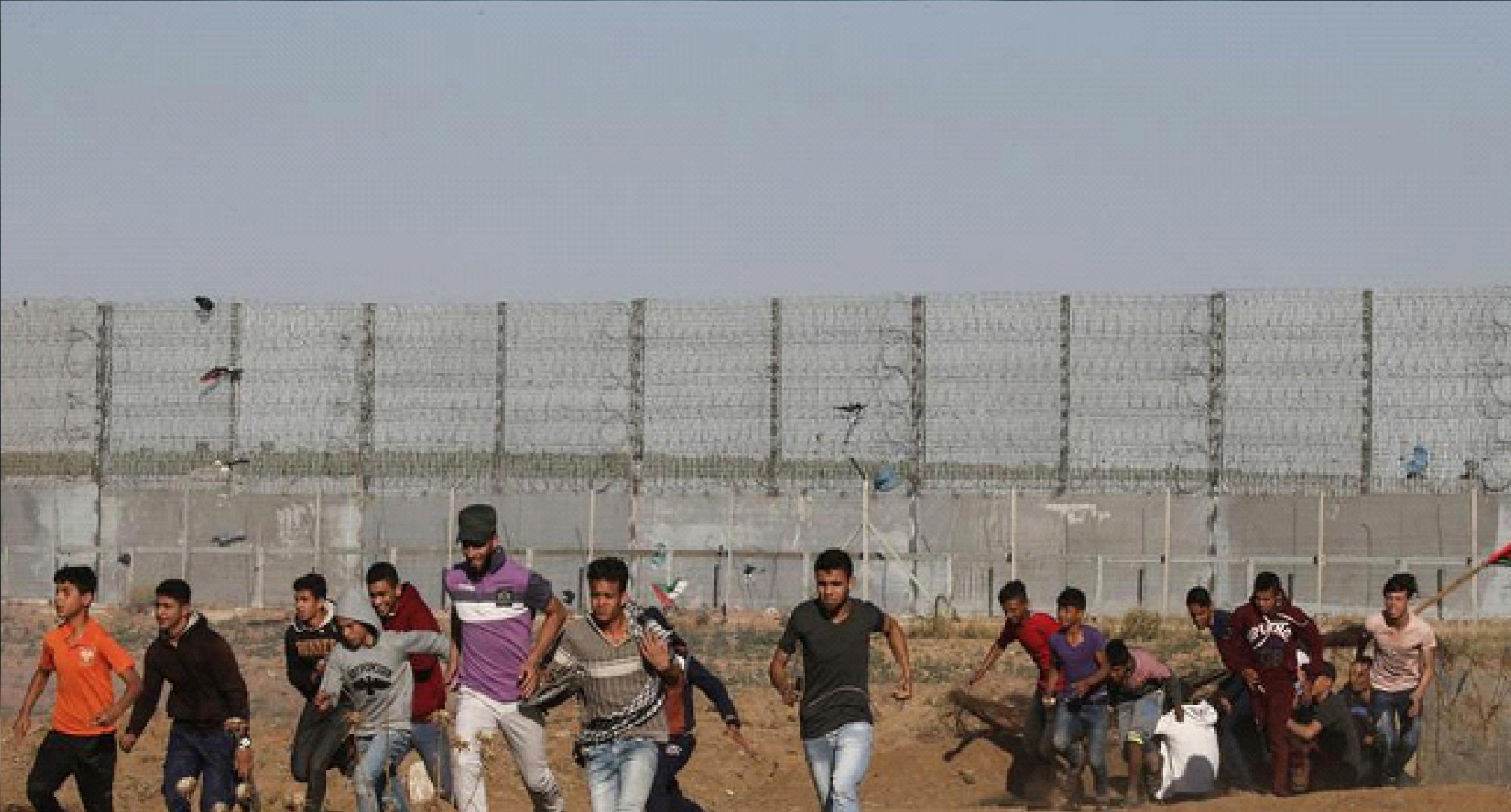 الجيش الإسرائيلي يقتل فلسطيني خلال مواجهات في قطاع غزة