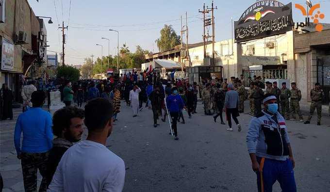 ليشاهد العراقيون استقبال أبناء الناصرية لإبن ولايتهم الكاظمي بالقنادر ويهددونه إلا انزين(نحلق) شاربك