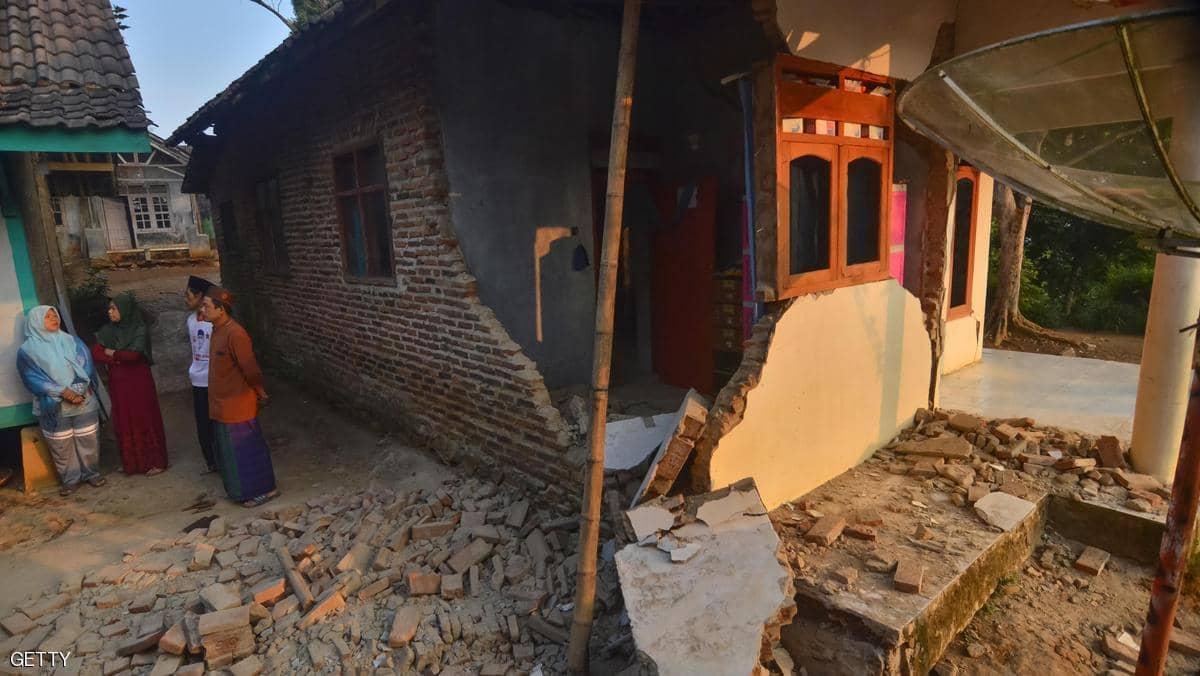 زلزال يضرب جزيرة بالي الإندونيسية