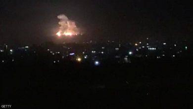 Photo of غارات إسرائيلية على غزة بعد سقوط صواريخ
