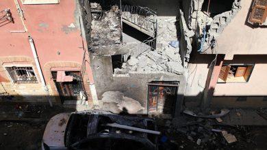 Photo of ليبيا …. استهداف سيارة بطائرة مسيرة في طرابلس ومقتل من فيهم