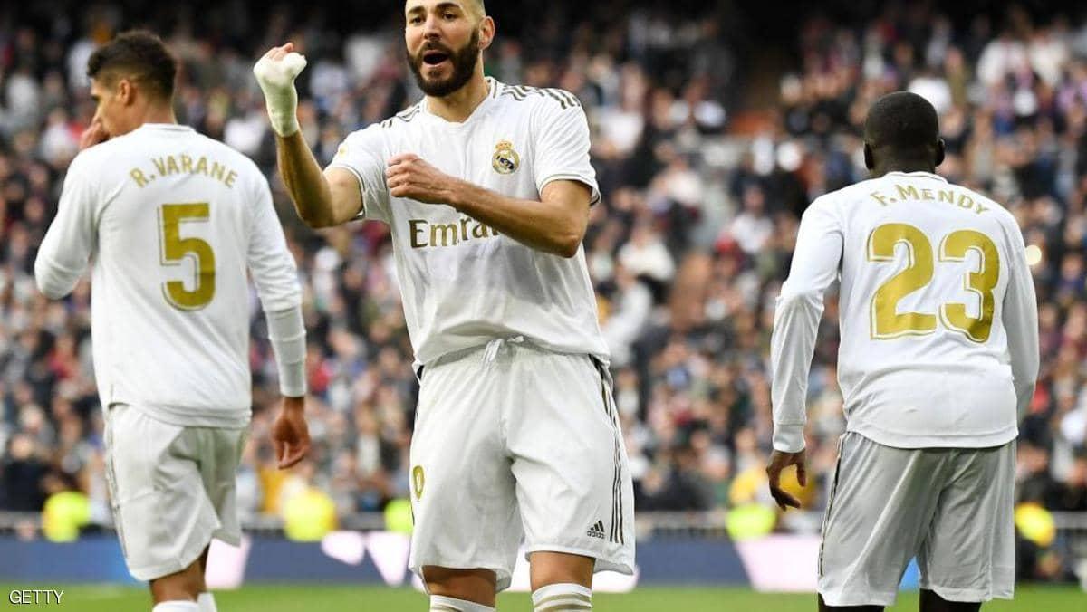 مدريد يحافظ على الصدارة بهدف ثمين لبنزيمة