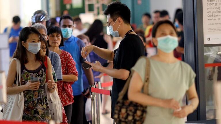 عدد الإصابات بكورونا إلى 802 بسنغافورة