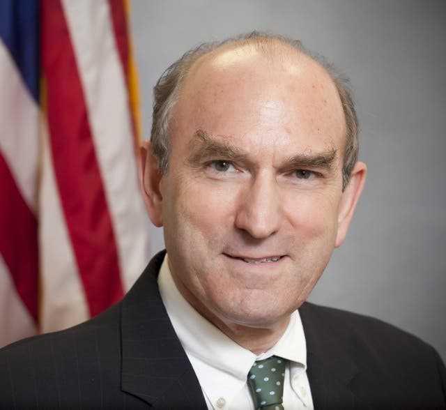 تعيين يهودي مجرم بغزو العراق ومسؤولا عن صفقة بيع اسلحة لايران مبعوثا خاصا لأمريكا في ايران