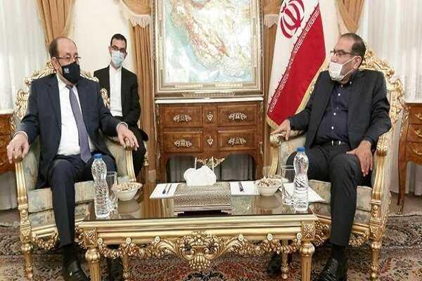 شمخاني يلتقي الان نوري المالكي في طهران