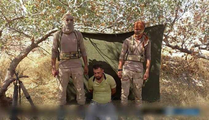 داعش الارهابي يقتل الدكتور رونالد سانتوس فلبيني الجنسية، لدى #بلاسخارت ذبحا بالسكين بمطار كركوك