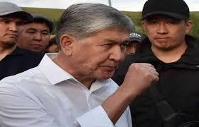 """مثل صدام حسين .... الرئيس القرغيزي الاسبق """"أتامباييف"""" يتعرض لمحاولة اغتيال"""