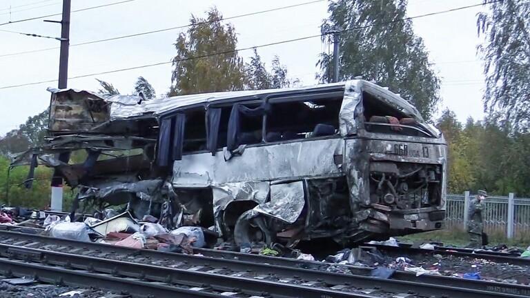 مقتل واصابة شخصا في يايلاند بحادث تصادم