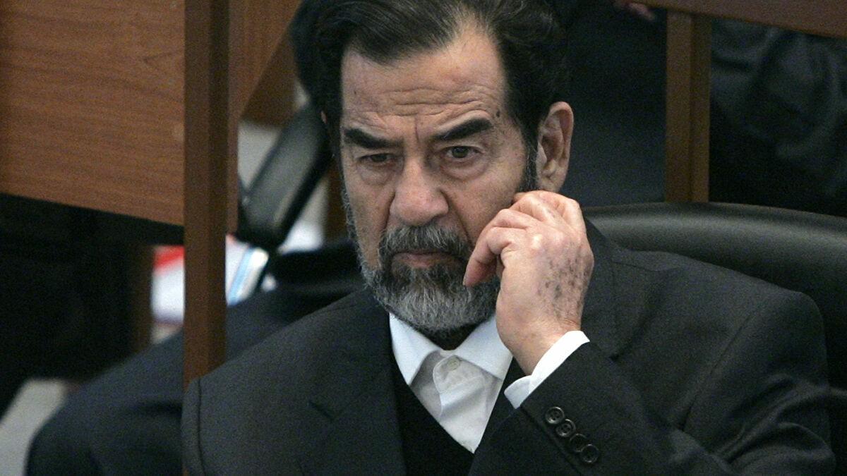 عجيبة بيوم دفن حاكم الكويت احالة صدام حسين للسجن بيوم عطلة !!