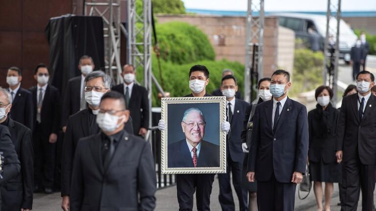 تشييع الرئيس التايواني الاسبق لي تينغ-هوي