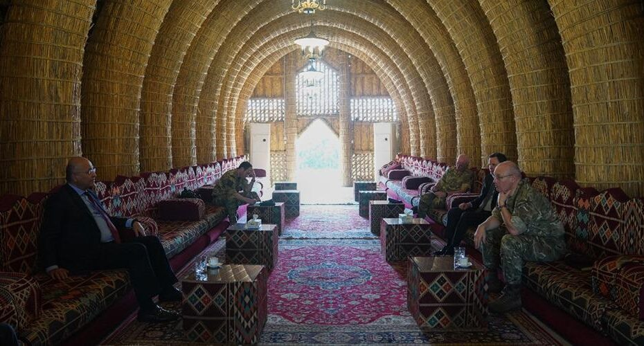 بمضيف برهم صالح مال الهور بقصر صدام لقاء مع السفير البريطاني