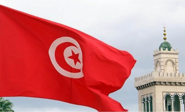 مظاهرات في #تونس لمساندة قرارات #قيس_سعيد
