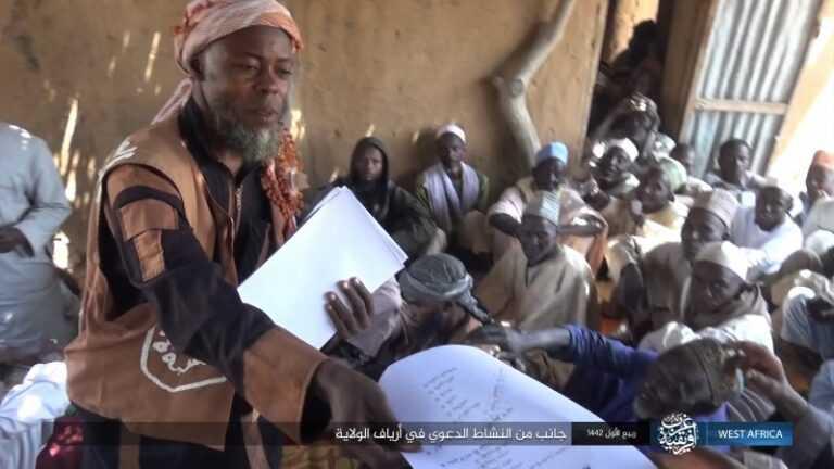 داعش الارهابي ينشر نشاطه الدعوي في غرب افريقيا