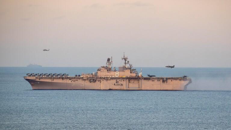 الصومال .... سحب القوات الأمريكية من خلال مدمرة عسكرية