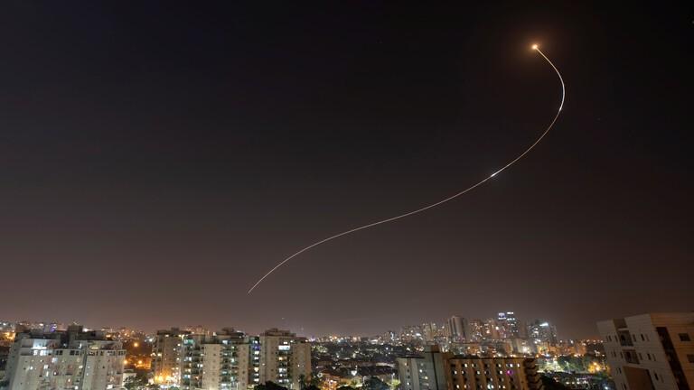 صفارات الإنذار بعد رصد إطلاق قذيفة صاروخية من قطاع غزة