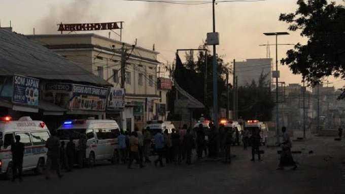 تفجير وهجوم مسلح على فندق صومالي