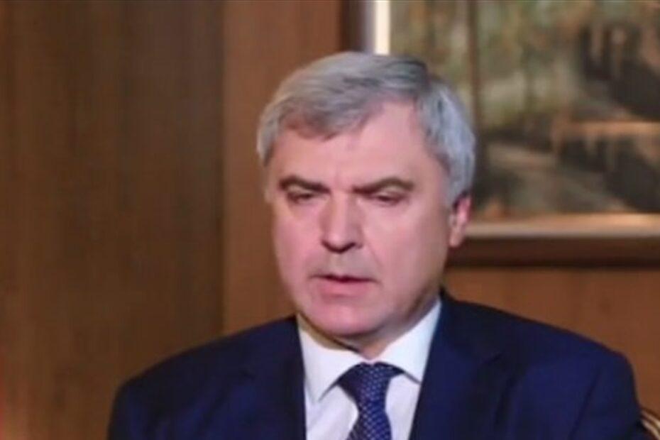 بوتين يطرد سفيره ببغداد ويعين بوتين سفيرا جديد