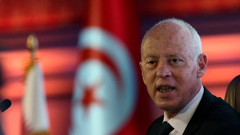 الرئيس التونسي يدعو لعلاج ظاهرة الهجرة الغير شرعية