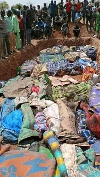 400 قتيل وجريح في هجوم دموي في بوركينا فاسو الى التحالف الدولي للعلم