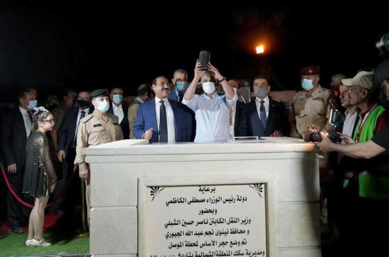 اول رحلة لقطار الموصل دعم سيارة بعد يوم من وضع الكاظمي حجر الاساس
